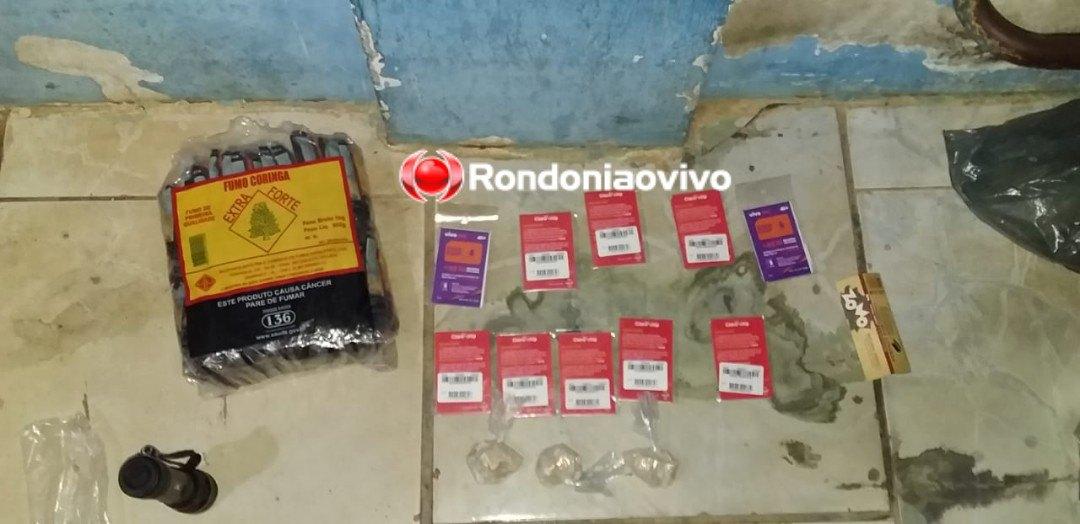 FLAGRANTE: Mototaxista e comparsa são presos jogando droga para dentro de presídio