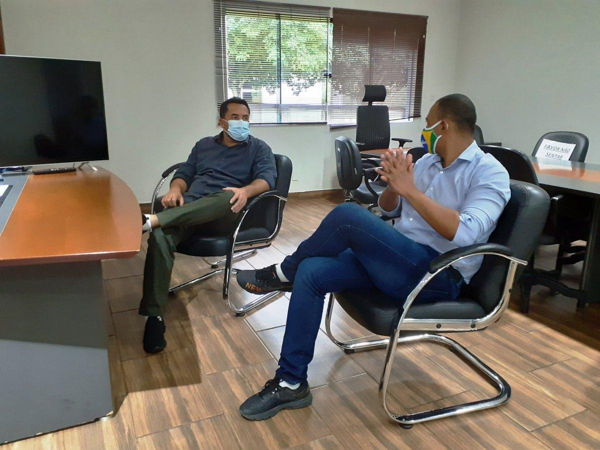 CIDADE DO INTERIOR: Parceria entre Jhony e Isaú resulta em R$ 3,8 milhões para Ji-Paraná