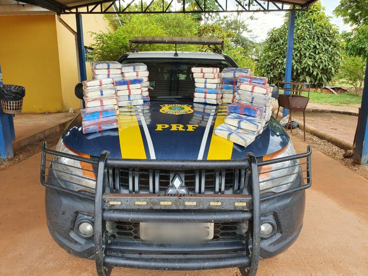 AVALIADA EM 9 MILHÕES: Traficante é preso com quase 80 quilos de cocaína em fundo falso de veículo