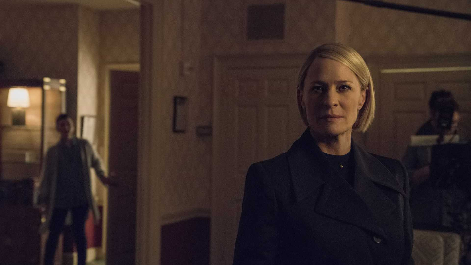 FALTA POUCO: Netflix divulga fotos inéditas da temporada final de 'House of Cards'