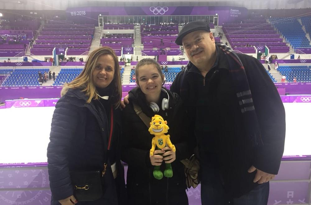 Patinadora brasileira faz história na Olimpíada de Inverno